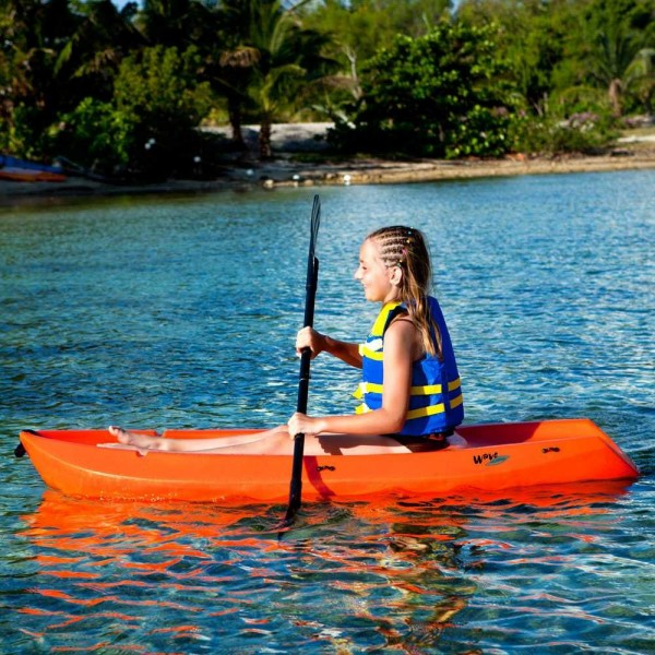 Lifetime Wave Youth Kayak with Paddle 6-Feet Blue