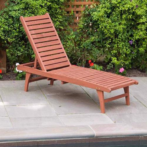 Leisure Season Chaise Lounge With Pull-Out Tray (CL7111) Enjoy this lounge as you take a rest near your pool area.