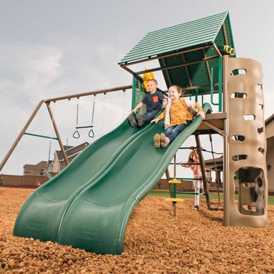 Lifetime Big Stuff Adventure Swing Set - Earthtone (90797) You and your friends will definitely enjoy this swingset.
